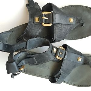 BCBG MAX AZRIA black leather mini heel sandal